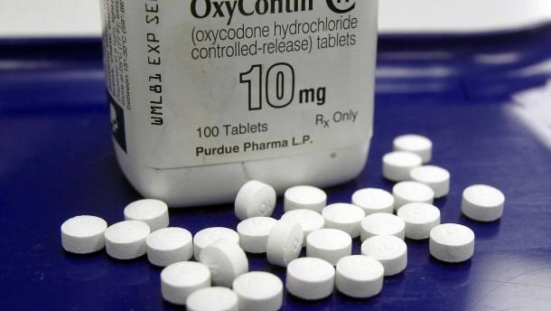 Opioidkonzern erreicht vorläufigen Vergleich