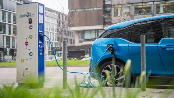 Gefährden Elektroautos das Stromnetz?