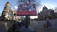 Wahlplakat in Amsterdam: Am 15. März wählt die Niederlande ein neues Parlament.