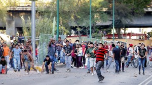 Unruhen wegen steigender Benzinpreise in Mexiko