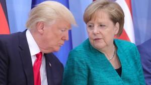Merkel telefoniert mit Trump, um einen Handelskrieg zu verhindern