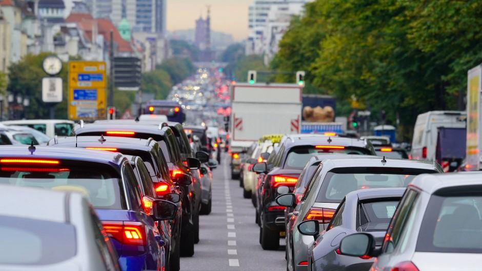 Stau im Berliner Berufsverkehr.