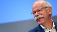 Daimler-Chef Dieter Zetsche will Anwesenheit belohnen.
