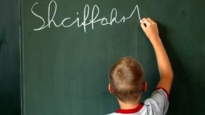 Mehr Geld für die Schulen bringt wenig