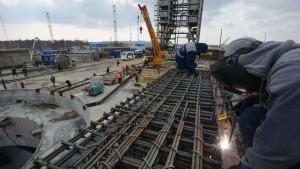 Bauarbeiter auf Russlands neuem Weltraumbahnhof streiken