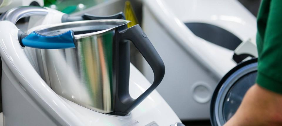 Thermomix Boom Teurer Kuchengerate Beflugelt Staubsauger Hersteller