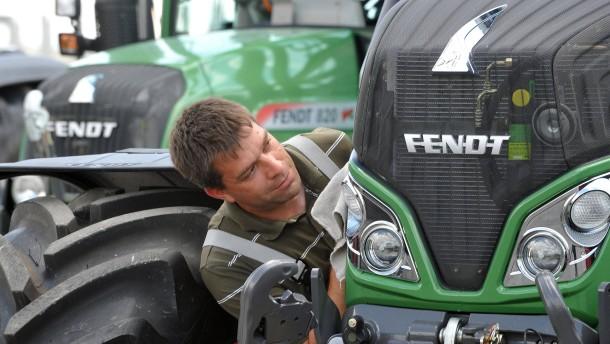 Traktorhersteller Fendt eröffnet neue Werksgebäude