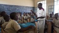 Unterricht im Süden von Burundi: In Afrika müssen dringend neue Schulplätze geschaffen werden.