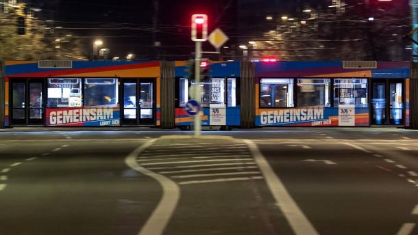 Fahrgastzahl in Bus und Bahn drastisch eingebrochen