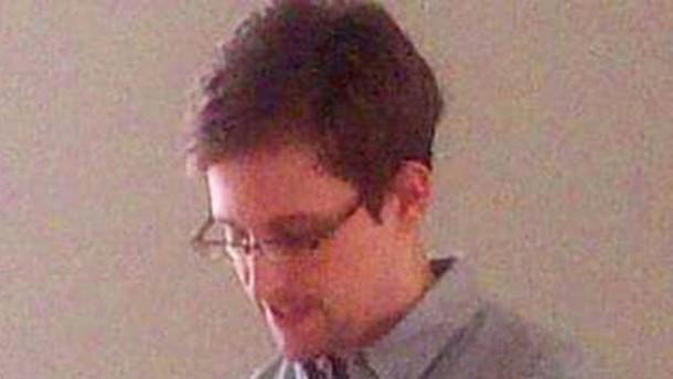 Amerika warnt Russland vor Aufnahme Snowdens