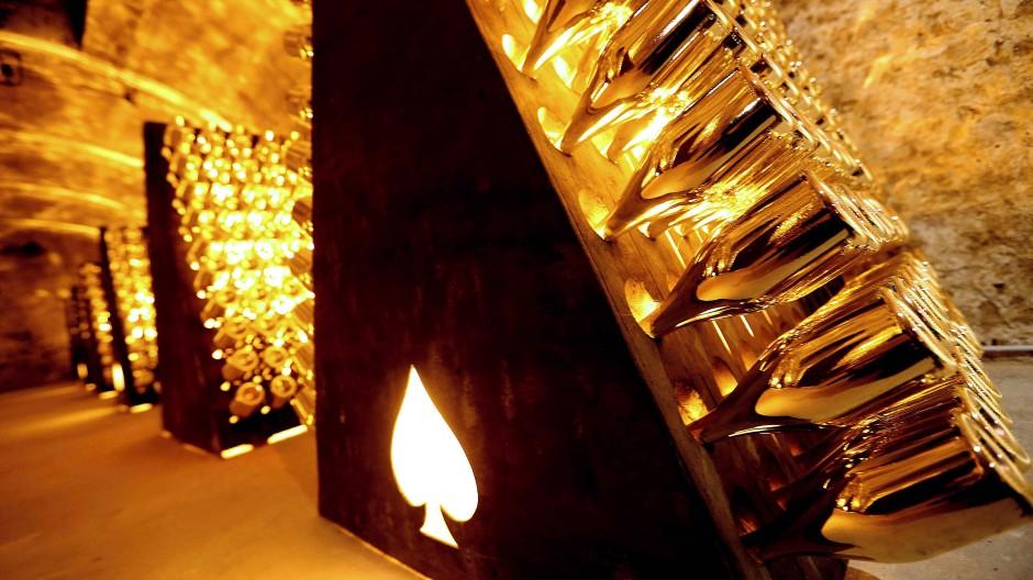 In den Kellern von Armand de Brignac in der französischen Champagne.