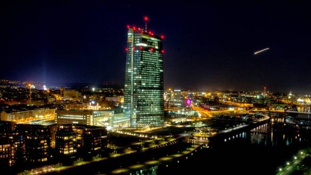 EZB erhöht den Druck auf Griechenland
