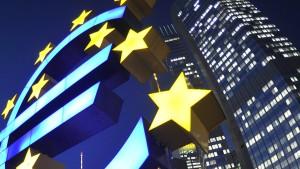 Rückkaufprogramm der EZB stößt auf Kritik