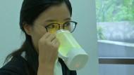 In diesem Becher schmeckt Wasser wie Limo