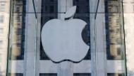 Apple verschiebt Geschäftszahlen wegen Trauerfeier