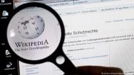 Die Autoren und das Geld hinter Wikipedia