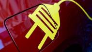 Autogipfel beschließt 4000 Euro Kaufprämie für Elektroautos