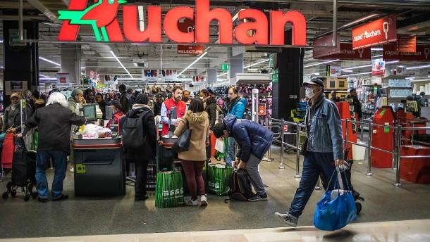 1000 Euro als Dank für die Arbeit im Supermarkt