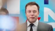 Tesla holt sich 1,4 Milliarden Dollar für neues Modell