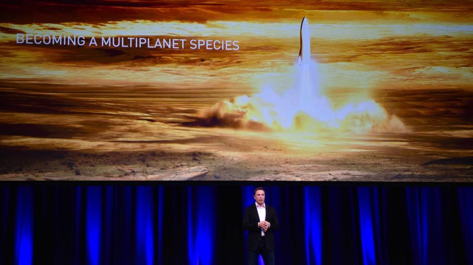 Elon Musk tüftelt nicht nur an Elektroautos, sondern auch an Raketen.