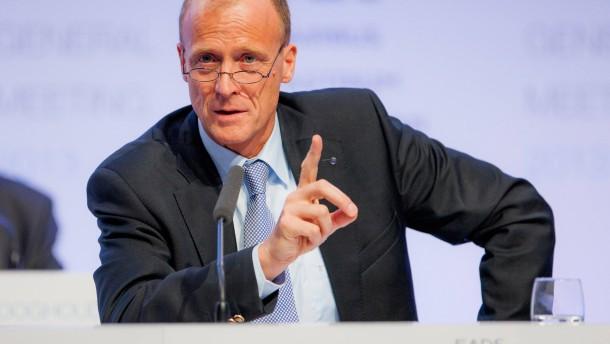 """EADS-Chef kritisiert """"absurde Debatte"""" um Drohnen"""