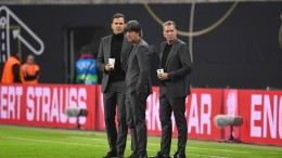Commerzbank zeigt Werbebetrug im Fußball an