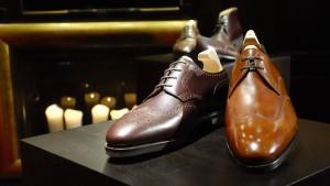 Keine braunen Schuhe in der City