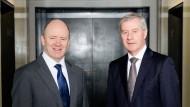 Die Doppelspitze der Deutschen Bank: John Cryan und Jürgen Fitschen haben der Frankfurter Allgemeinen Zeitung ihr erstes gemeinsames Interview gegeben.