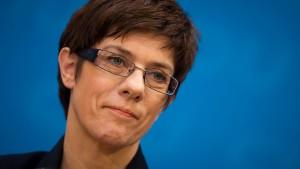 CDU-Ministerpräsidentin für höheren Spitzensteuersatz