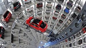 Autokrise in Europa verschärft sich - Volkswagen brummt