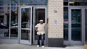 Der Arme-Leute-Eingang im Glitzerturm