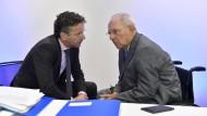 Zwei, die bald vermisst werden: der niederländische Finanzminister und Vorsitzende der Euro-Gruppe Jeroen Dijsselbloem (links) und Bundesfinanzminister Wolfgang Schäuble.