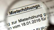 """Das Statistische Bundesamt nennt den Anstieg der Nettokaltmieten um 1,3 Prozent """"entscheidend"""" für den Anstieg der Inflation."""
