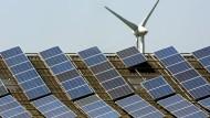 Die EU-Kommission will etwa das EEG nicht als Beitrag zum Energiesparen werten.