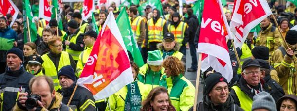 Protest gegen Weihnachtsgeld-Kürzung in Hannover