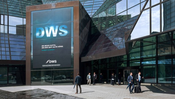 DWS beteiligt sich an Digital-Plattform in Dubai