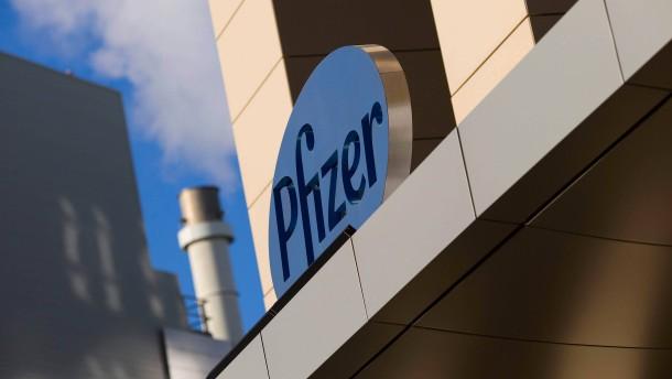 Pfizer bereitet Werke auf Produktion von Corona-Impfstoff vor
