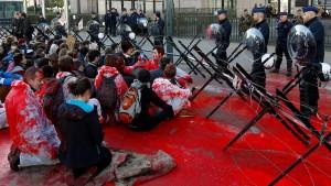 Ceta-Gegner protestieren in Brüssel