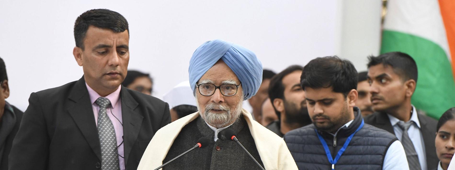 """Früherer Ministerpräsident warnt vor """"großer Krise"""" Indiens"""