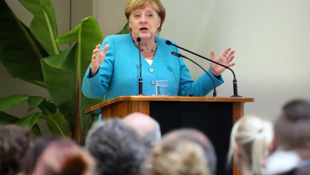 Merkel sieht keine Notwendigkeit für Konjunkturpaket