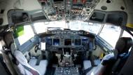 Arbeitsplatz Cockpit: eine Männerdomäne