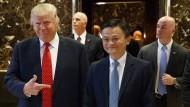 Deal? Jetzt ist auch Alibaba-Gründer Jack Ma im Trump-Tower gewesen zu einem Gespräch mit dem künftigen Präsidenten.