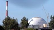Russland baut acht Atomreaktoren in Iran