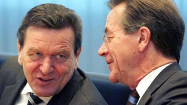 Klausur SPD-Präsidium Schröder und Müntefering
