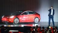 Das Model 3 ist Teslas große Hoffnung, ein neues Segment auf dem Automarkt zu erobern.