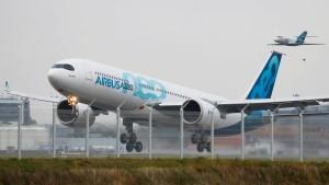 Airbus feiert Erstflug des A330neo