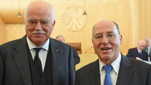 Gauweiler: Haben Euro-Rettern Grenzen gesetzt