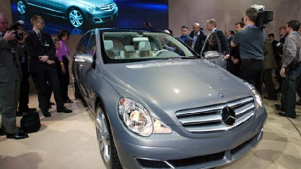 Mercedes erwartet Absatzstagnation