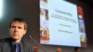 Constantin verschickt in großem Stil Abmahnungen. Das bestätigte der Vorstandschef Bernhard Burgener