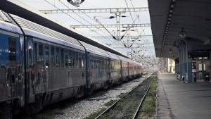 Italienische Eisenbahnen kaufen griechische Bahn